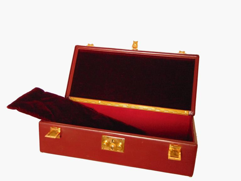 Hermes Sac Mallette Jewelry Box Travel Case Cordovan Box Leather Vintage 1970s For Sale 1