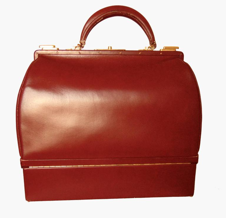 Hermes Sac Mallette Jewelry Box Travel Case Cordovan Box Leather Vintage 1970s In Good Condition For Sale In Port Saint Lucie, FL