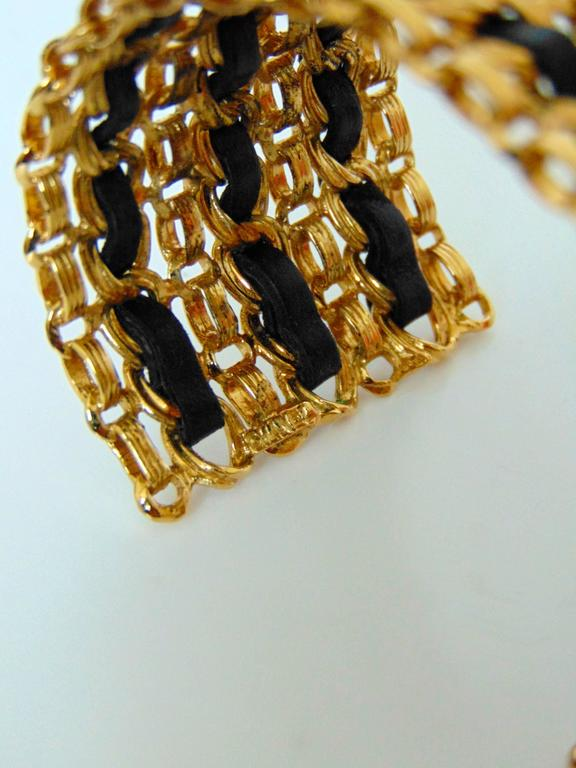 Chanel Gold Chain + Black Leather Wide Cuff Bracelet with Box Vintage 1980s  For Sale 4