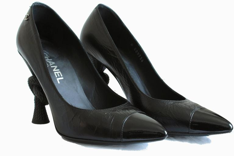 Chanel Knot Heel Shoes Black Leather and Patent 2014 Sz 38.5 7