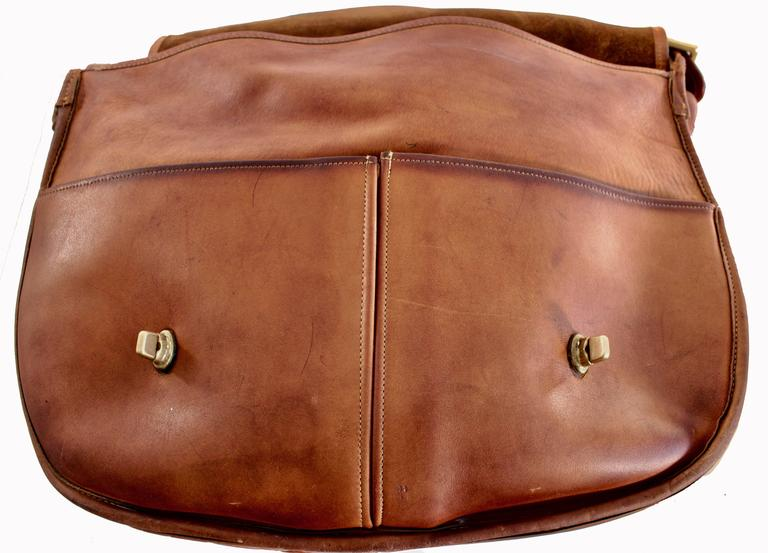 Rare Coach Leatherware Swag Bag Distressed Leather Satchel Briefcase 70s NYC  In Good Condition For Sale In Port Saint Lucie, FL