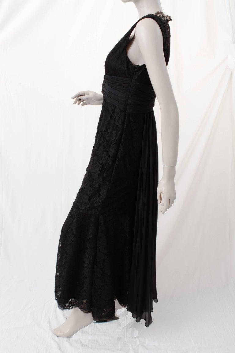 Pamella Roland Evening Gown Black Lace Silk Panels Mermaid Hem Sz 6 For Sale 2