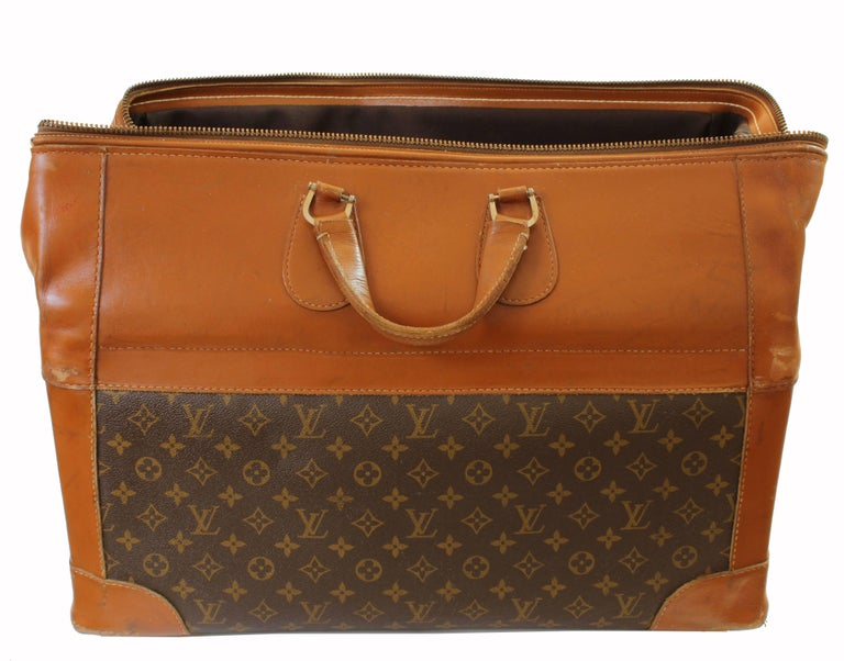Vintage Louis Vuitton Monogram Travel Bag Steamer Keepall Doctors Bag Rare 70s  In Fair Condition For Sale In Port Saint Lucie, FL