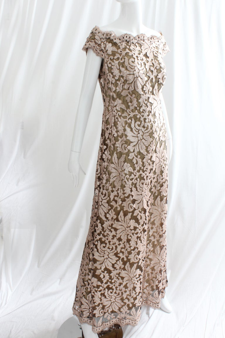 07eac4d607342 Tadashi Shoji Lace Sequins Formal Evening Dress Gown Size 10 In Good  Condition For Sale In