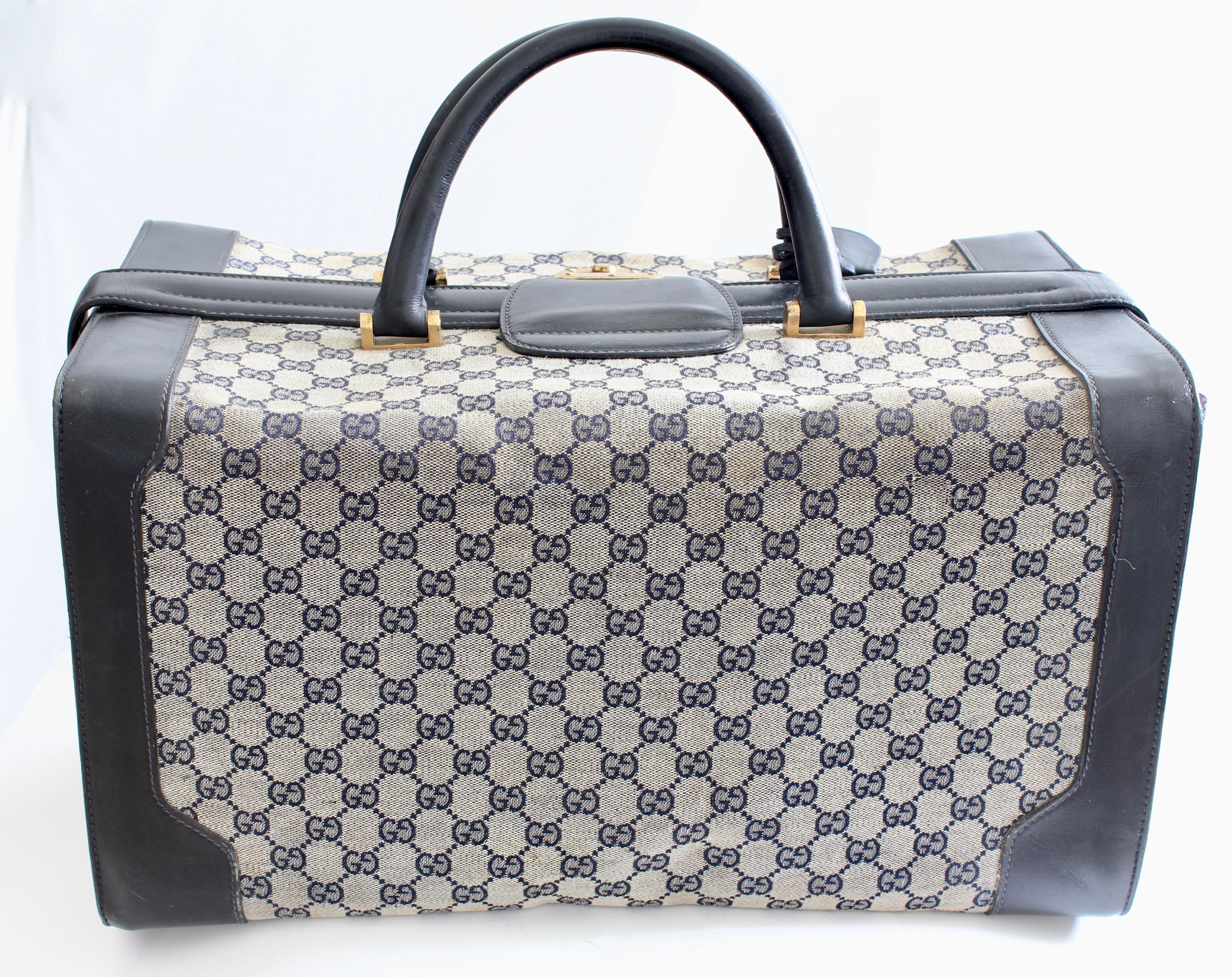 f4906143e Rare Gucci Doctors Bag Large Duffel Weekender Tote Vanity GG Canvas Leather  70s For Sale at 1stdibs