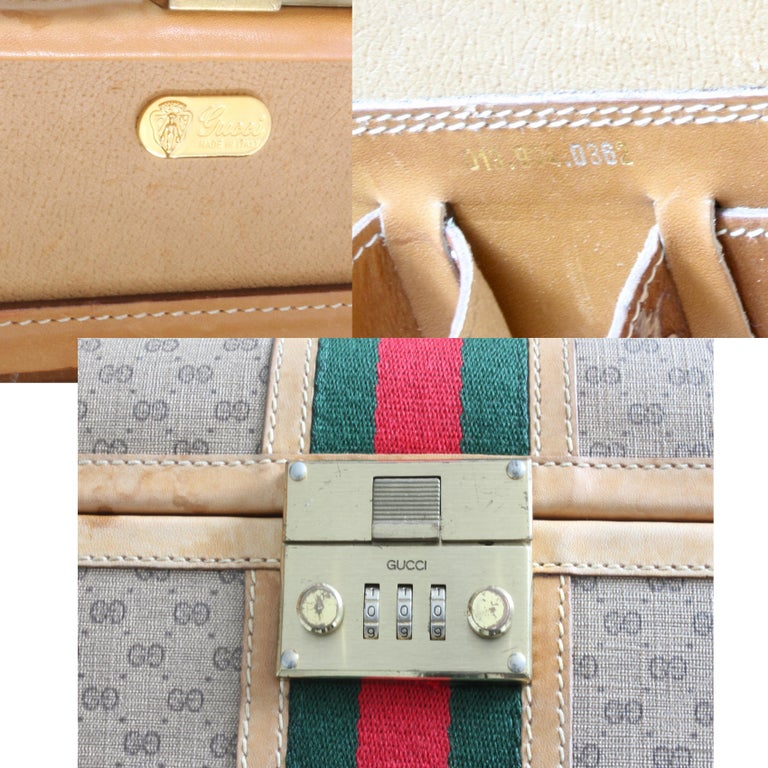 Gucci Train Case with Mirror & Lock GG Logo Canvas Webbing & Leather Travel Bag For Sale 5