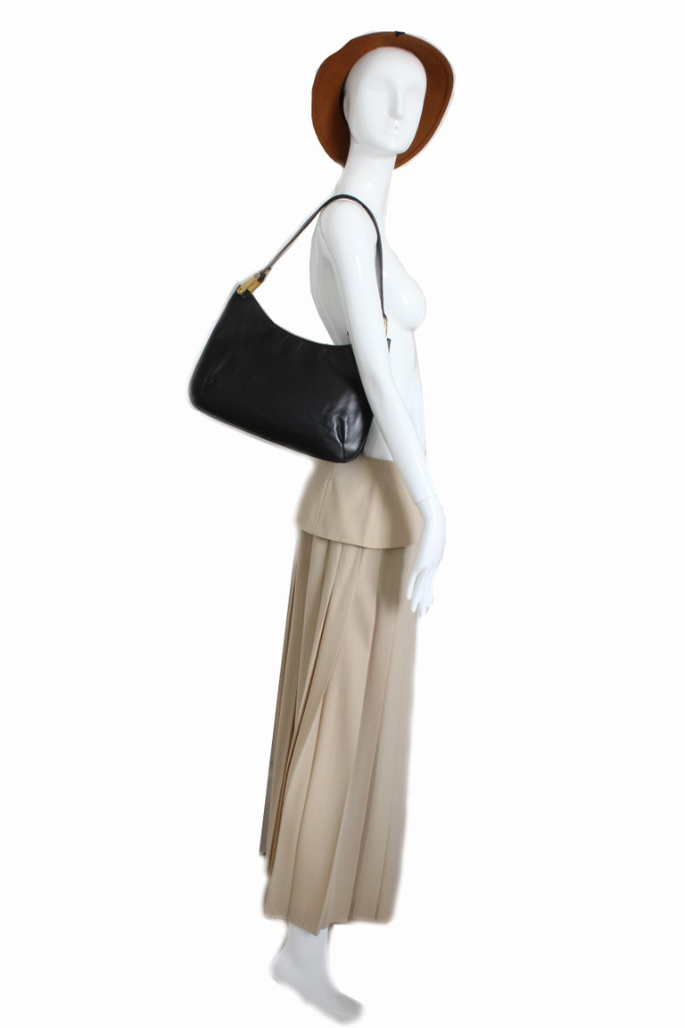 Rare Saks Fifth Avenue Shoulder Bag Jackie O Style Black Box Leather 70s