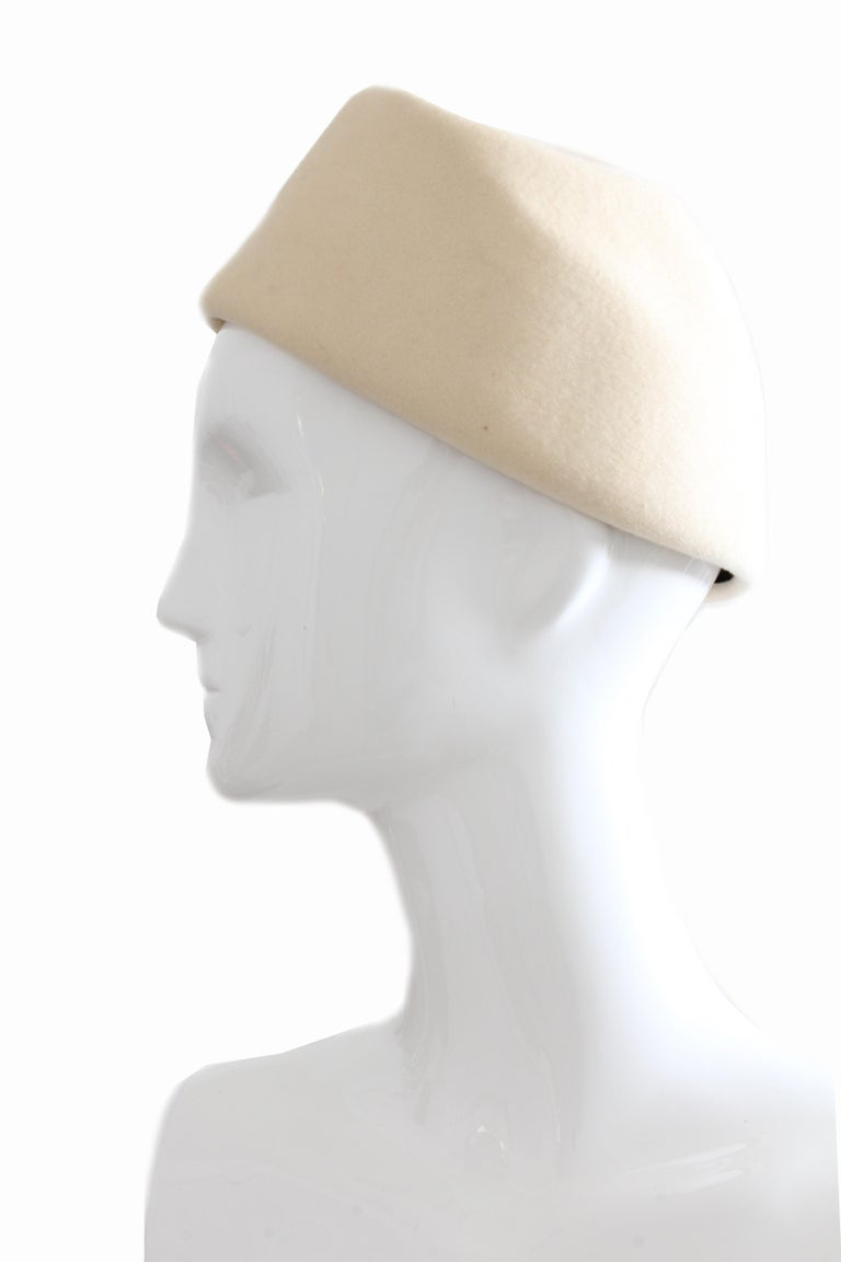 Women's Halston Vintage Wool Pillbox Hat with Beaded Stick Pin, 1960s For Sale