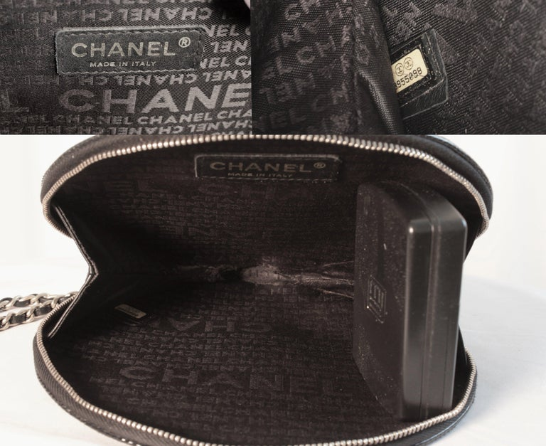 Chanel Patent Leather Ltd Ed Record Bag Evening Clutch Wristlet, 2004 For Sale 4