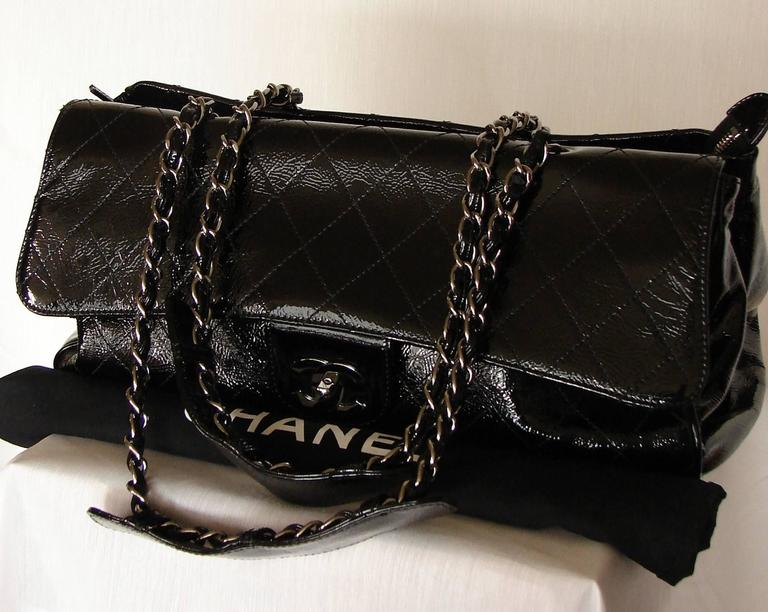 '2005 Chanel Ritz Bag Clutch Black Patent Leather Removable Silver Chain Straps  5