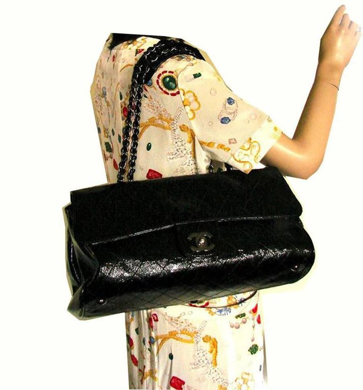 Chanel Ritz Shoulder Bag Convertible Clutch Black Matelasse Patent Leather  For Sale 5