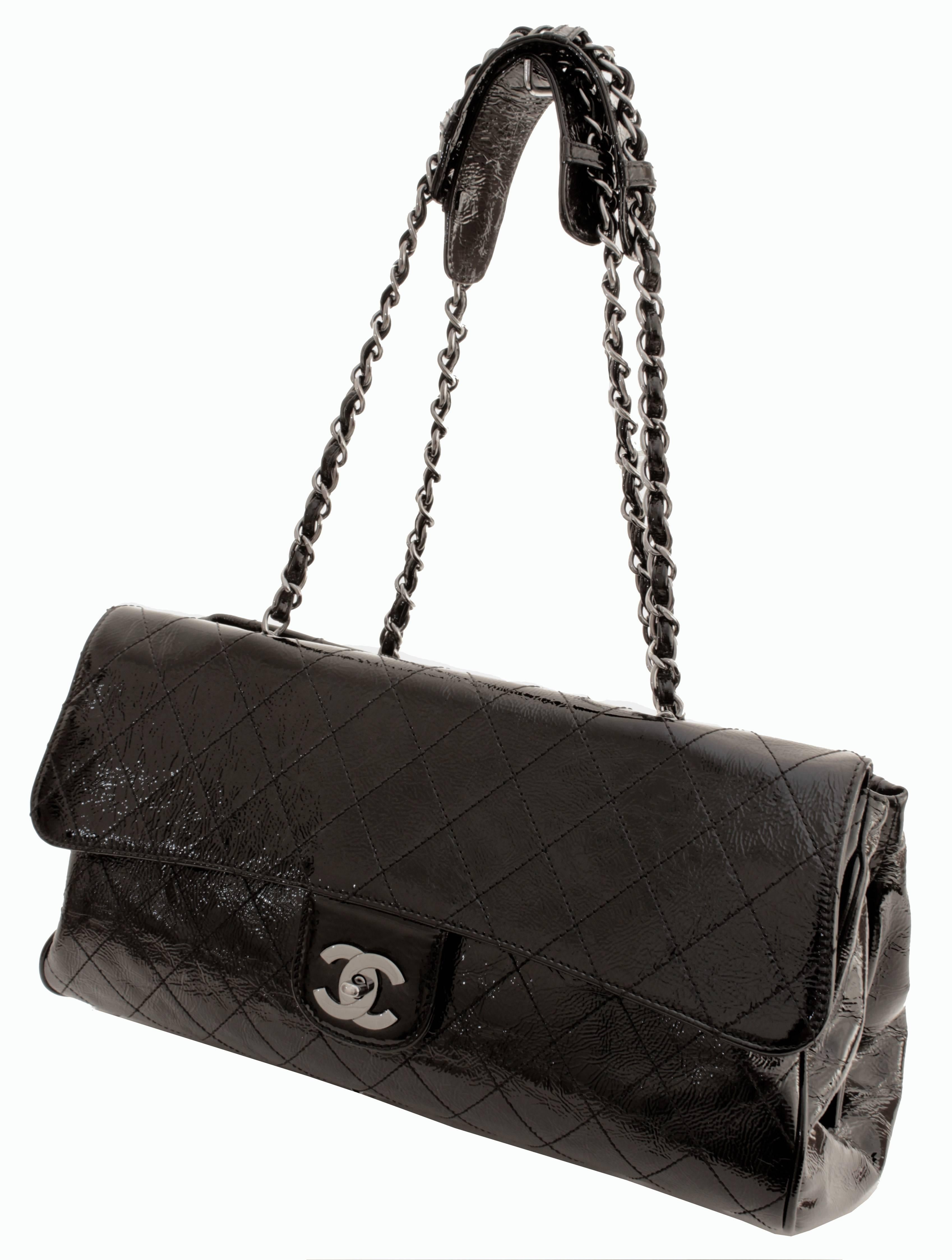 61cce24a0254 Chanel Ritz Shoulder Bag Convertible Clutch Black Matelasse Patent Leather  For Sale at 1stdibs