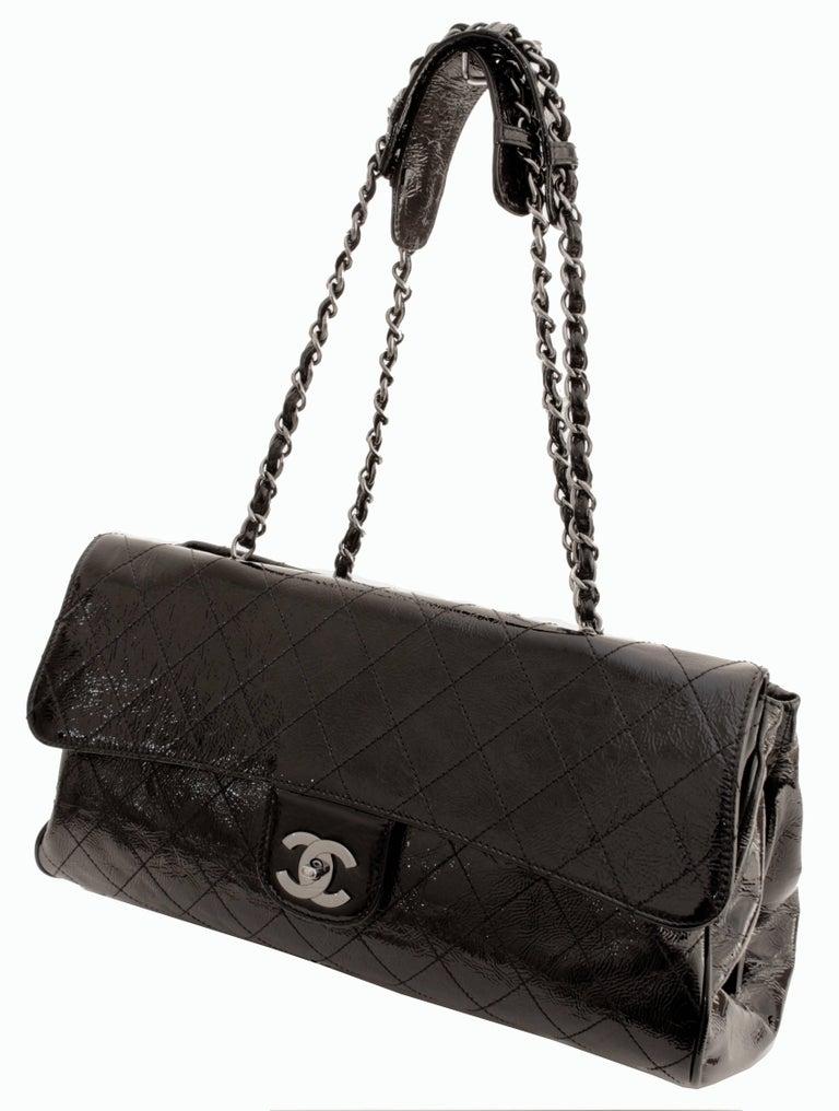 Chanel Ritz Shoulder Bag Convertible Clutch Black Matelasse Patent Leather  In Excellent Condition For Sale In Port Saint Lucie, FL