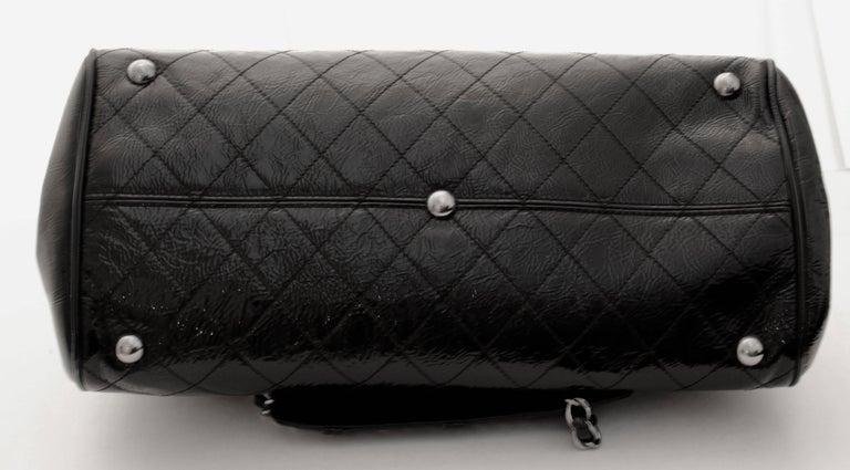 Chanel Ritz Shoulder Bag Convertible Clutch Black Matelasse Patent Leather  For Sale 4