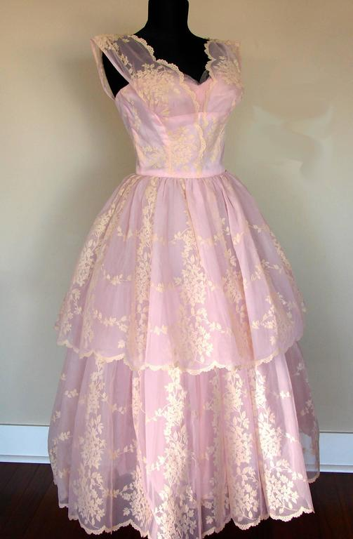 Women's c1950s Baby Pink Taffeta + Tulle Party Dress with Tiered Skirt Size S For Sale