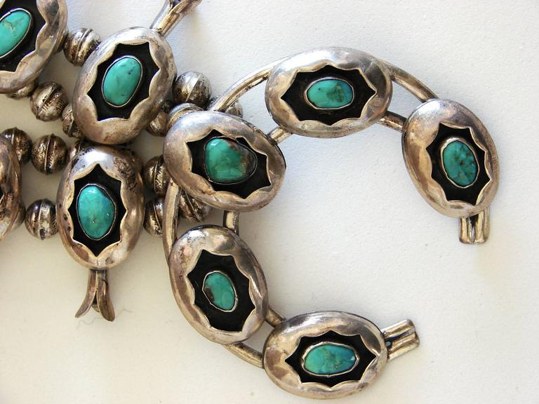 Women's Squash Blossom Necklace Shadowbox Sterling Silver And Turquoise Navajo 1970s  For Sale