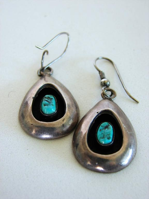 Sterling Silver + Turquoise Earrings Shadowbox 1970s  In Good Condition For Sale In Port Saint Lucie, FL