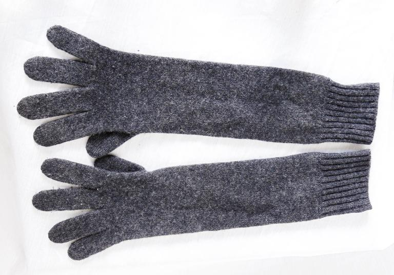 Women's Hermes Ladies Cashmere Wool Gloves Gris Charcoal Gray Size 00 One Size  For Sale