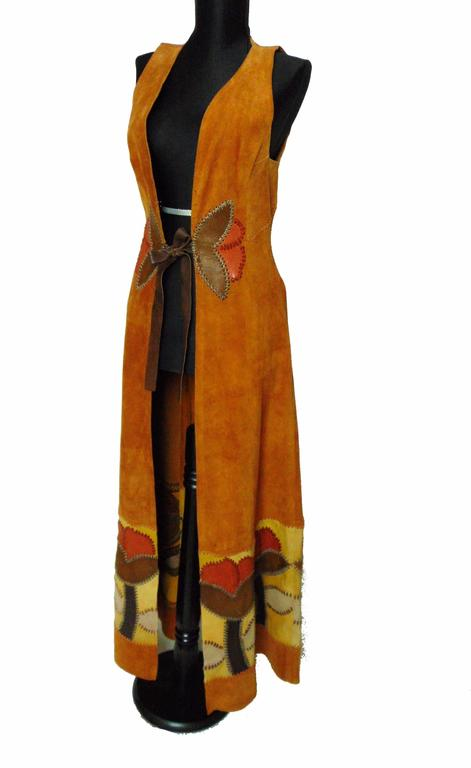 Char Vintage Long Suede Festival Dress or Vest with Floral Leather Inserts 70s S In Excellent Condition For Sale In Port Saint Lucie, FL