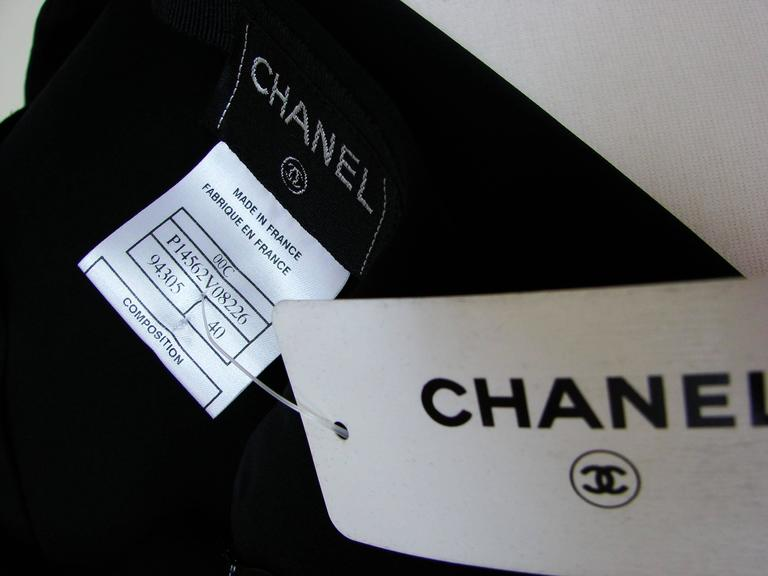 Chanel Black Crepe Maxi Skirt 00C Resort Collection Size 40 New with Tags  For Sale 4