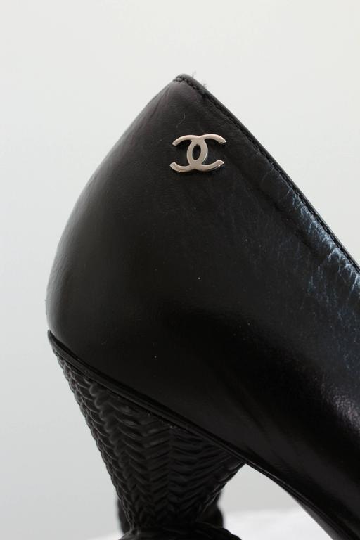 Chanel Knot Heel Shoes Black Leather and Patent 2014 Sz 38.5 10
