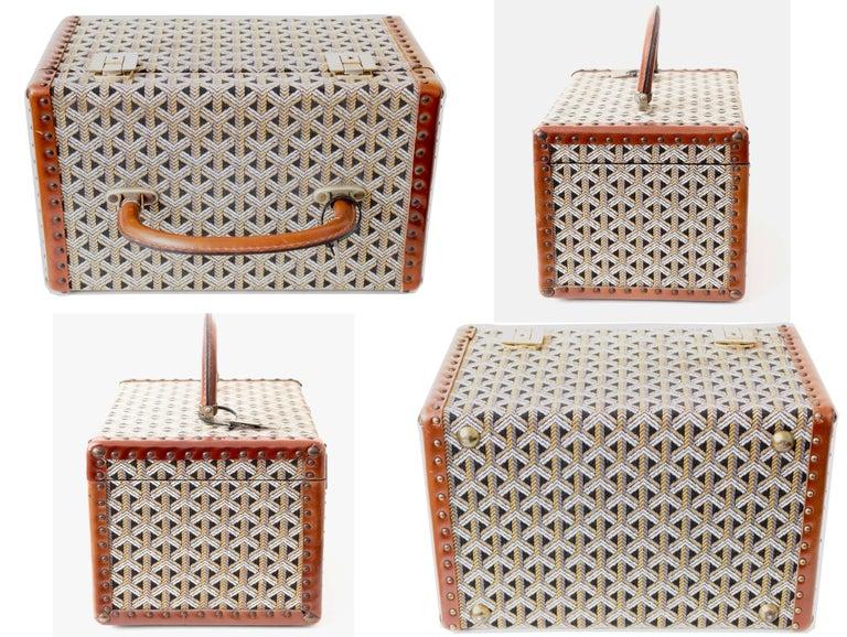 Goyard Paris Vanity Train Case Mini Trunk Beauty Bag Carry On Vintage 1960s  For Sale 1