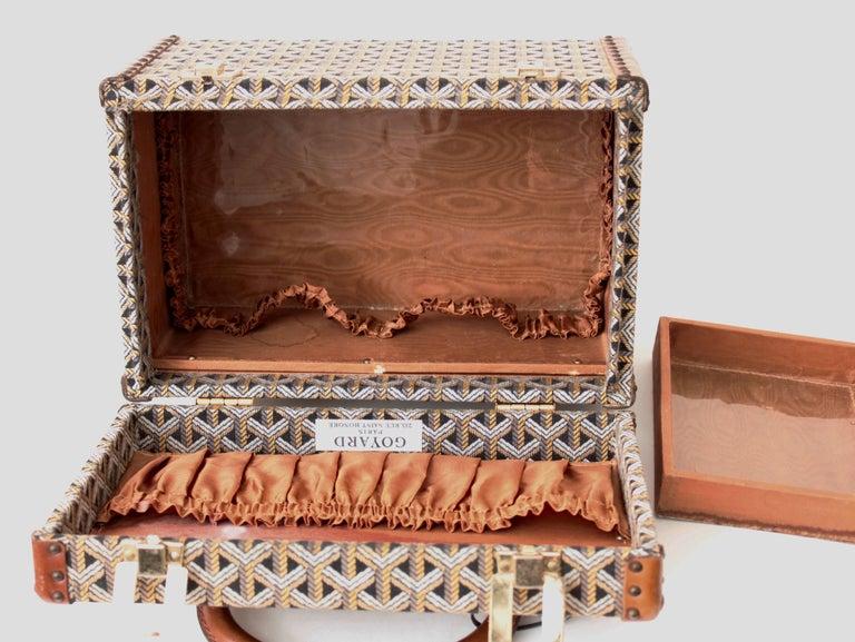 Goyard Paris Vanity Train Case Mini Trunk Beauty Bag Carry On Vintage 1960s  For Sale 3