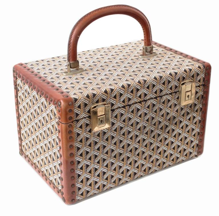 Women's or Men's Goyard Paris Vanity Train Case Mini Trunk Beauty Bag Carry On Vintage 1960s  For Sale