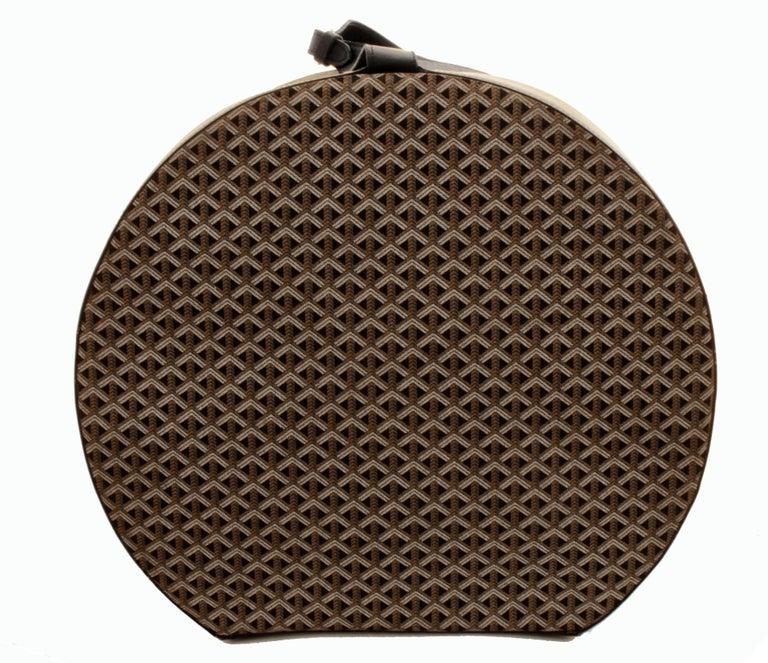 50s Goyard Round Hat Box Trunk XL Travel Bag Linen Goyardine Black Leather Trim In Good Condition For Sale In Port Saint Lucie, FL