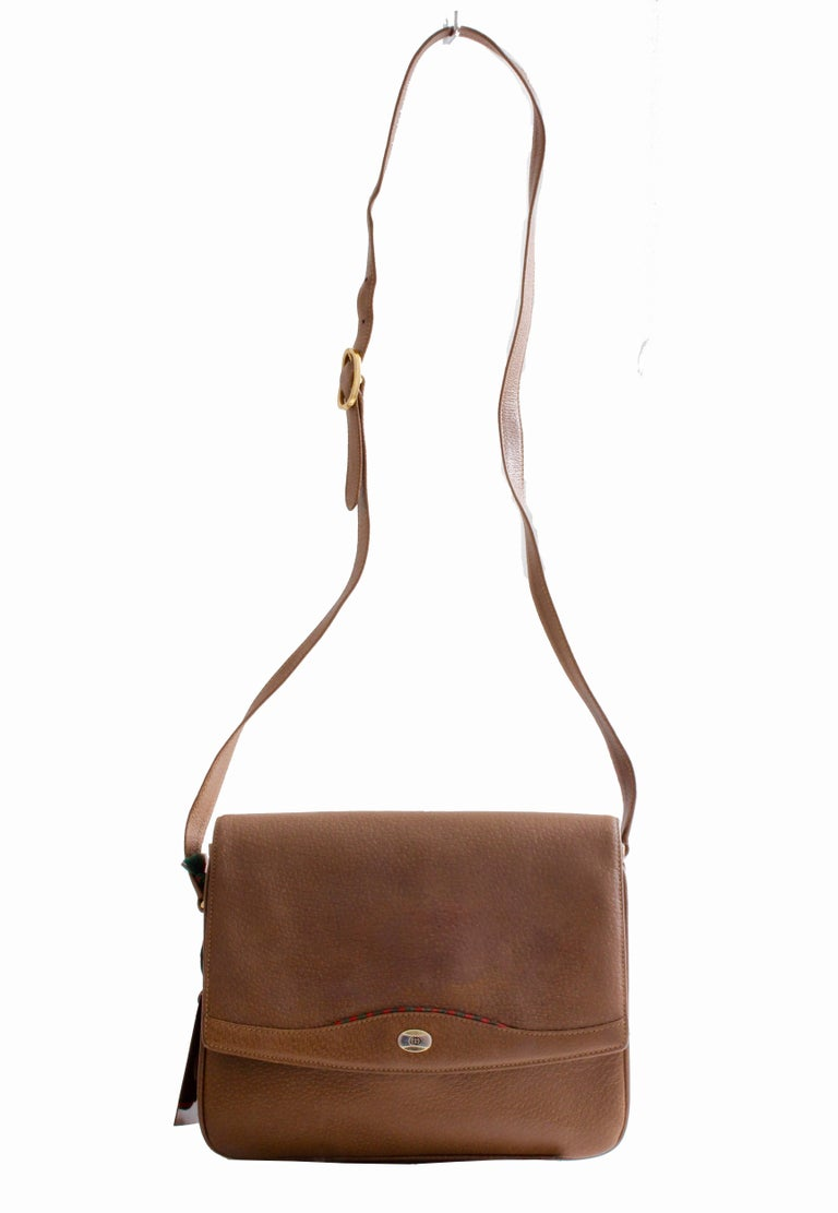 Brown Gucci Pigskin Leather Messenger Red and Green Stripe Accents Cross Body Bag 80s For Sale