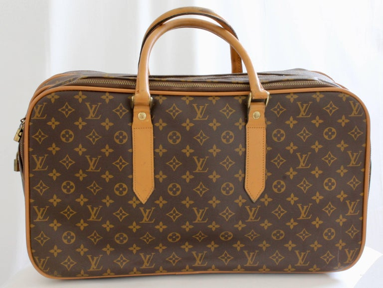 96debe72329e Women s or Men s Louis Vuitton Carry All Soft Side Suitcase Weekender Luggage  French Company 70s For