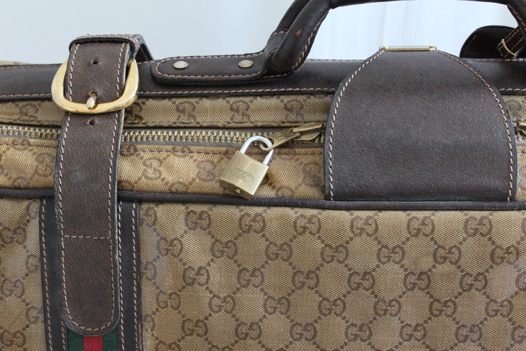 8a51ef928eba7 Iconic Gucci Suitcase Coated Canvas GG Logo Leather Soft Luggage Travel  28in 70s