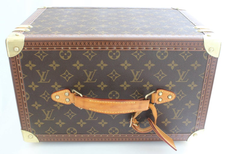 ca2bdbfe3699 Louis Vuitton Boite Pharmacie Monogram Train Case Vanity Travel Cosmetics  Box For Sale 3