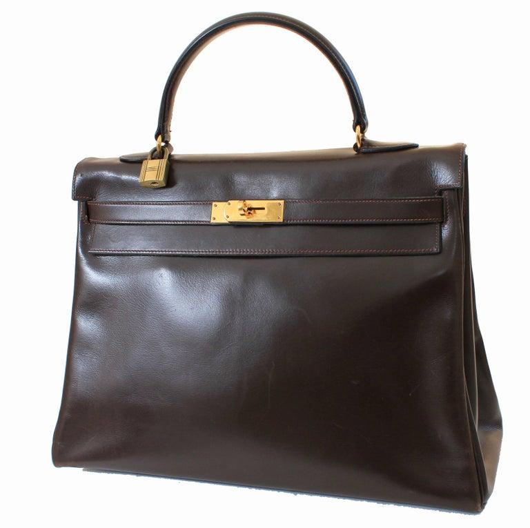 Women's or Men's Hermes Kelly Bag 35cm Retourne Sac a Depeches Brown Box Leather Vintage  For Sale