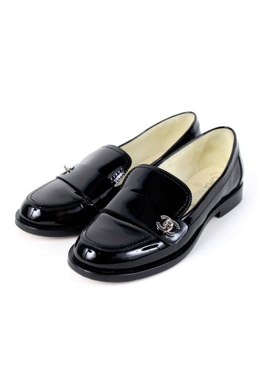 Chanel Loafer Black W Cc 36 At 1stdibs