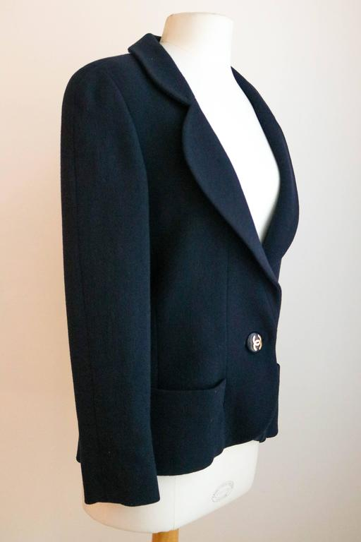 CHANEL Classic Navy Blazer with Logo Button 36 4
