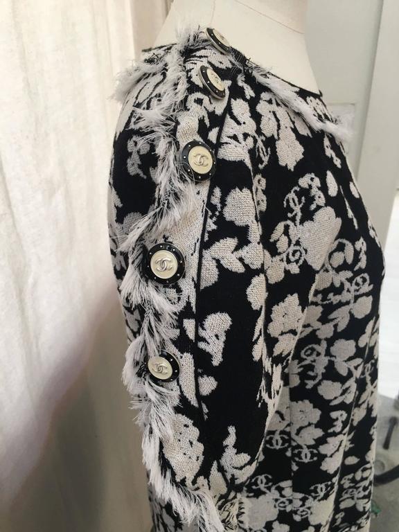 CHANEL Black/White Printed CC Dress size 38 5