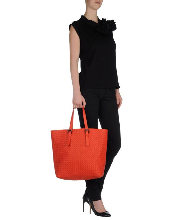 64b714149ca4 Bottega Veneta Extra Large Orange Intrecciato Nappa Tote Bag and Mirror For  Sale 5