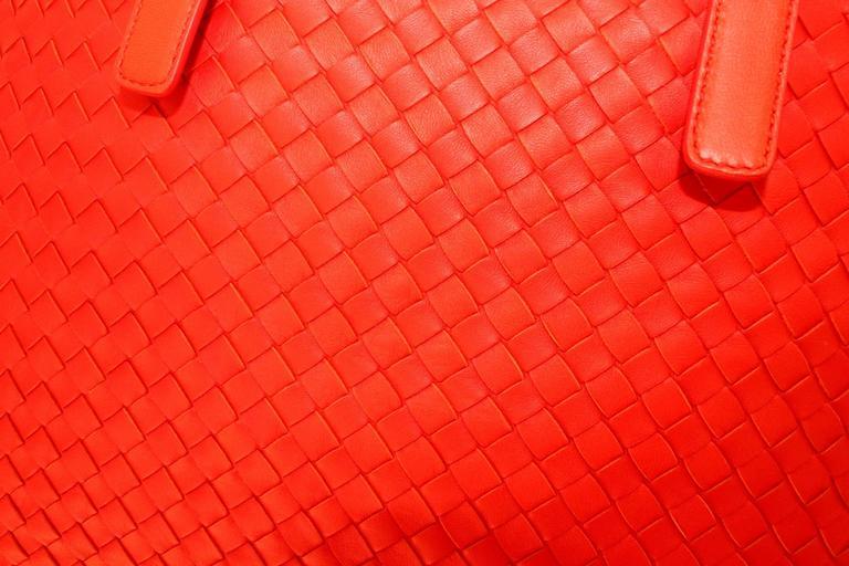 d2fd7bc424e1 Bottega Veneta Extra Large Orange Intrecciato Nappa Tote Bag and Mirror For  Sale 2