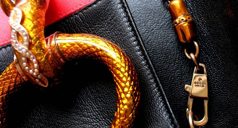 Gucci by Tom Ford Striped Black Lizard Skin Jeweled Snake Horsebit XXL Clutch For Sale 3