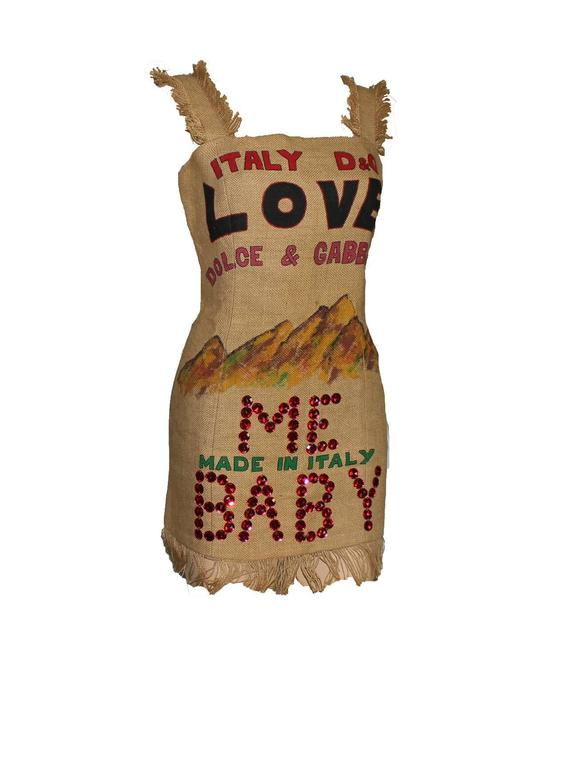 NEW Rare Museum Piece - Dolce & Gabbana 1992 Printed Jute Sack Dress In New Condition For Sale In Switzerland, CH