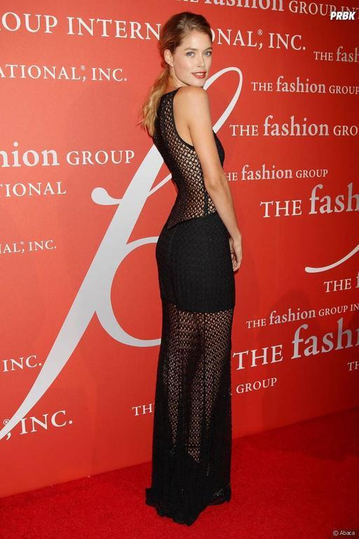 Breathtaking Missoni Black Lurex Crochet Knit Evening Dress Gown at ...