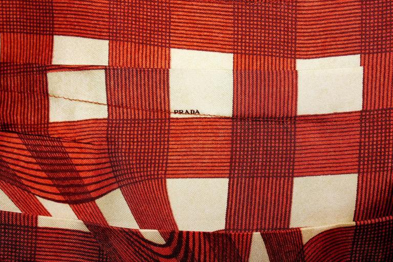 Stunning Prada Printed Pleated Silk Dress 6