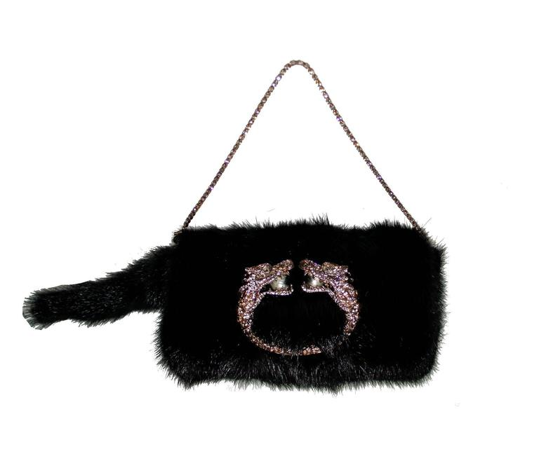Gucci Tom Ford Dragon Pearl Jeweled Mink Fur Purse Clutch In Excellent Condition For Sale In Switzerland, CH