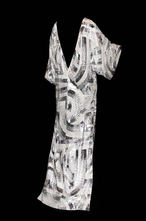 Women's Pièce Unique - Emilio Pucci Embroidered Silk Evening Kaftan Gown  For Sale