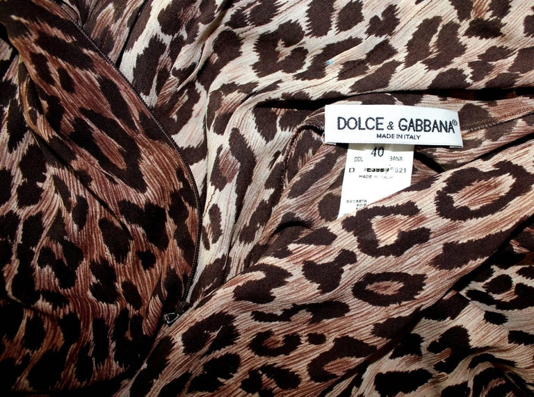 Collectable Dolce & Gabbana Vintage Cheetah Leopard Print Maxi Dress Gown  In Excellent Condition For Sale In Switzerland, CH