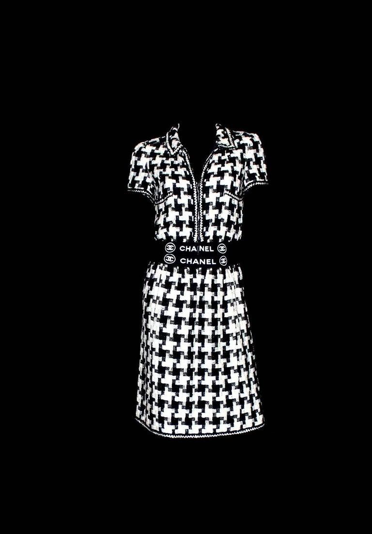 Black Chanel CC Signature Logo Lesage Fantasy Jacket Tweed Skirt / Dress Suit For Sale