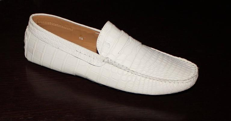 TOD'S White Gommino Driving Shoes Exotic Crocodile Skin Moccasins For Sale 1