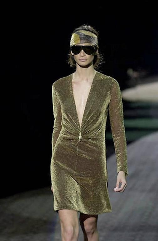 NEW Gucci By Tom Ford 2000 Metallic Deep Plunging Evening Dress  For Sale 3