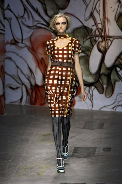 NEW Prada Asian-Inspired Ruched Printed Silk Dress For Sale 3